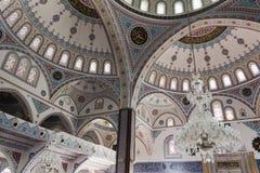 支持清真寺的圆顶的曲拱在马纳夫加特 库存图片