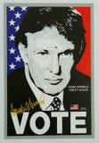 支持总统候选人唐纳德・川普的标志显示的 库存照片