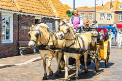 支架乘驾通过济里克泽,西兰省在荷兰 免版税库存图片