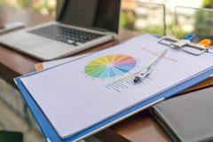 收入率报告图文件 免版税图库摄影