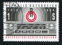 收音机奥地利和晶体管收音机盘区象征  库存照片
