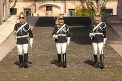 改变卫兵。总统府。里斯本。葡萄牙 免版税库存图片