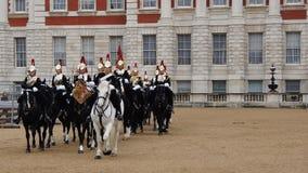 改变皇家骑马卫兵在伦敦 免版税库存图片