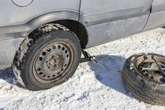 更改的泄了气的轮胎 免版税库存图片