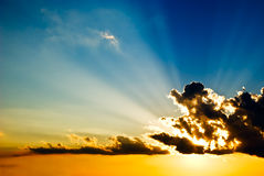 放光太阳 库存图片