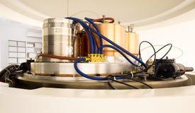 放射性核素综合和同位素生产的回旋加速器机械 免版税库存图片