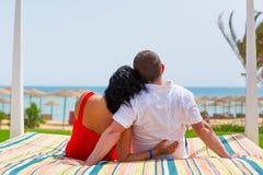 放松在海滩在红海 免版税库存照片
