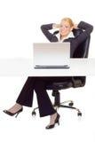 放松的女实业家 免版税库存照片