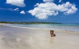 放置在Jimbaran海滩,巴厘岛的妇女 库存照片