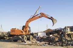放置户外站点的砖建筑 大厦的拆卸 免版税图库摄影