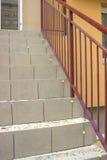 放置陶瓷砖在具体台阶 库存照片
