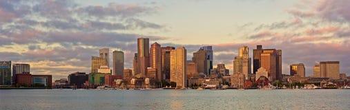 财政区和港口在波士顿,美国 免版税库存图片