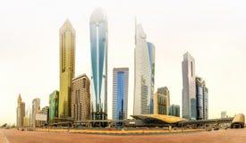 财政区,迪拜,阿拉伯联合酋长国全景  库存照片