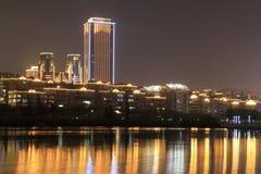 财政区(夜视图amoy城市) 免版税库存图片