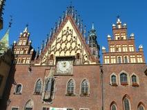 政府大厦在弗罗茨瓦夫,波兰 免版税库存图片