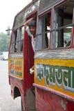 政府奔跑公共汽车在加尔各答,印度 免版税库存照片
