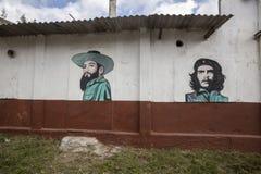 政治壁画在哈瓦那 库存图片