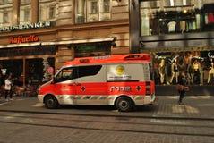 救护车在赫尔辛基 免版税图库摄影