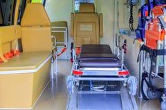 救护车紧急状态设备内部  免版税库存照片