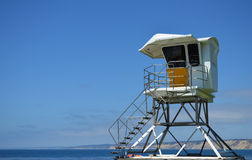 救生员塔在圣地亚哥加利福尼亚 免版税图库摄影
