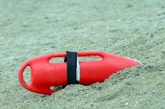 救生员抢救浮体救生设备 免版税库存照片