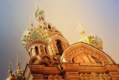 救主的基督,圣彼德堡,俄罗斯的复活的教会Spilled血液的或大教堂日落的 免版税图库摄影