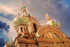 救主的基督,圣彼德堡,俄罗斯的复活的教会Spilled血液的或大教堂日落的 库存图片