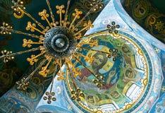救主,圣彼德堡的教会内部溢出的血液的 库存图片