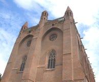 教会、天空和云彩 免版税库存图片