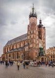 教会克拉科夫mariacki波兰 免版税库存照片