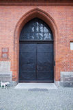 教会入口在吕贝克,德国 图库摄影