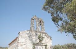 教会前老 免版税库存照片