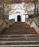 教会台阶 免版税图库摄影