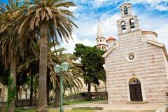 教会和棕榈树 免版税图库摄影