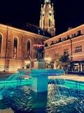 教会和fontaine 免版税图库摄影