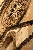 教会圆花窗 免版税库存照片