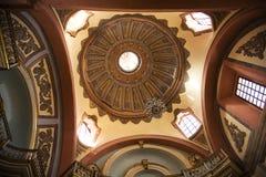 教会圆顶多明戈・墨西哥queretaro santo寺庙 免版税库存图片