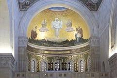 教会圆顶 免版税库存照片