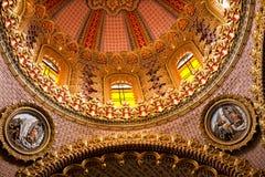 教会圆顶guadalupita 免版税库存图片