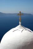 教会圆顶santorini 免版税库存图片