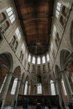 教会圣劳伦斯格罗特Kerk或伟大的教会的内部在阿尔克马尔, 库存照片