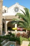 教会圣徒玛里神在Bonifacio城堡在惊叹的 库存照片