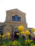 教会圣洁纪念坟墓 免版税库存照片