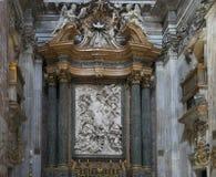 教会圣阿格尼丝圣诞老人建筑细节和内部  库存照片