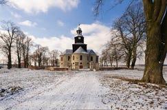 教会在冬天 免版税库存图片