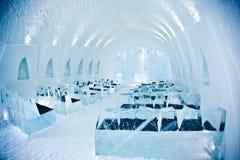 教会在冰旅馆里 免版税库存图片