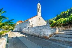 教会在力海岛,克罗地亚 免版税图库摄影