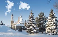 教会在圣徒Eustache的冬天场面 库存图片