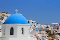 教会在希腊Oia圣托里尼 库存图片