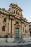 教会在拉古萨,西西里岛,在晚上 免版税库存图片